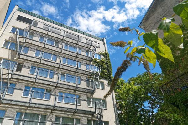 Studentenhaus Neustiftgasse 83 Aussen Garten