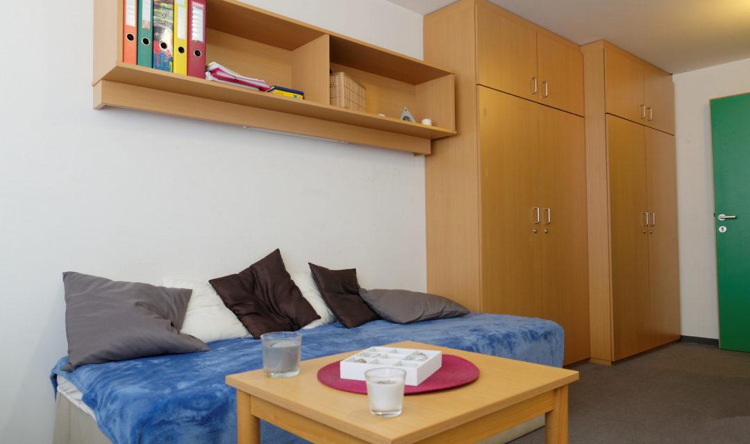 Studentenhaus Neustiftgasse 83 Zimmer