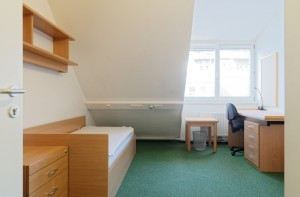 Studentenhaus-AAI-Zimmer-3